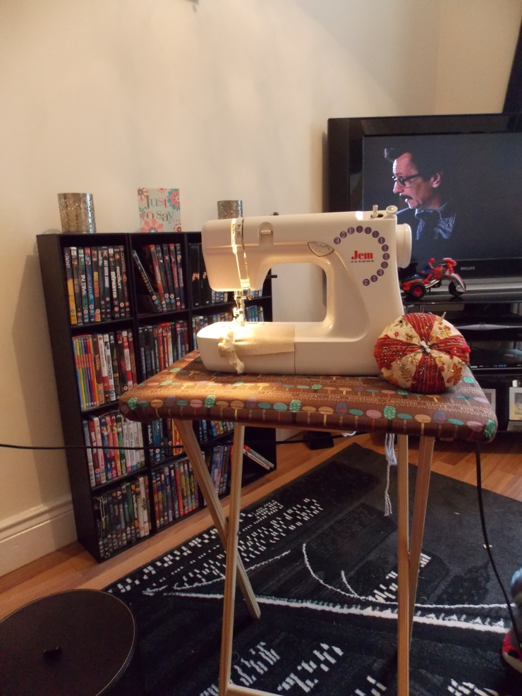 Sewing table cover
